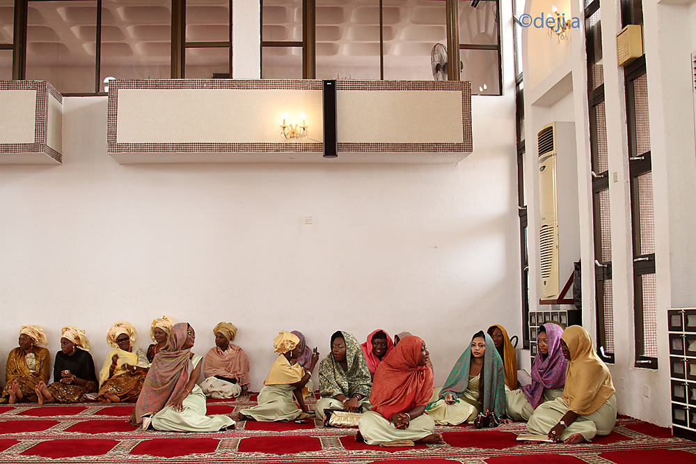 photoblog image ladies at a wedding ceremony in the mosque.jpg